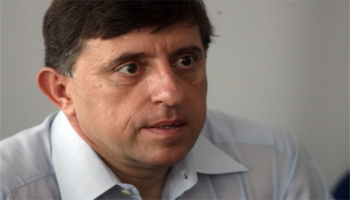 BULGARIAN ECONOMISTS FORECAST SMALLER GDP GROWTH FOR 2011