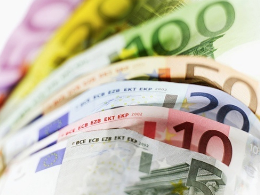 BULGARIANS LIVING ABROAD TO SEND HOME USD 1.6 B IN 2010