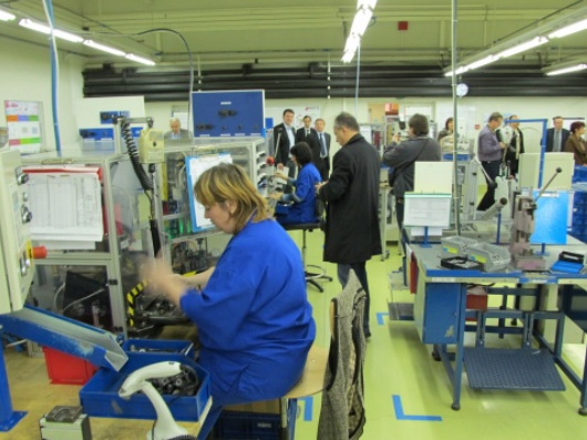 BULGARIAN ECONOMY PERFORMS BETTER THAN EXPECTED IN 2010 Q3