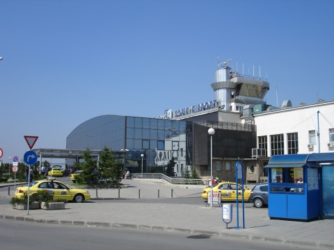 BULGARIA'S SOFIA AIRPORT SEES 10 000 PASSENGER INCREASE Y/Y FEBRUARY 2011