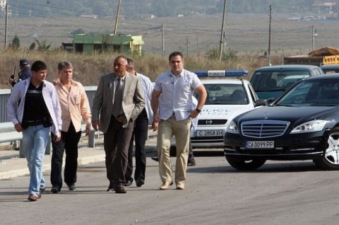 BULGARIA GIVES OFFICIAL LAUNCH TO ITS FIRST COMPLETED HIGHWAY
