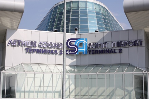 SOFIA AIRPORT PROCESSED 1.7 M PASSENGERS IN Q1, 2012