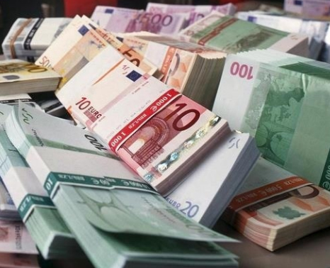 INTERNATIONAL INVESTMENT BANK EYES BULGARIA