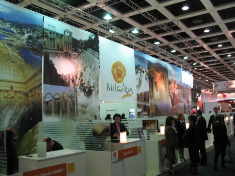 TOUR OPERATORS HIGHLY OPTIMISTIC ABOUT BULGARIA'S TOURISM IN 2011