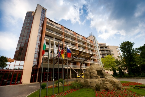 DOUBLE TREE BY HILTON WELCOMES SUMMER 2011 GUESTS ON BULGARIA'S COAST