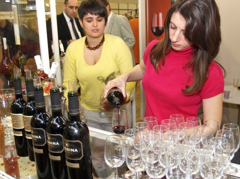 BULGARIA'S WINE EXPORT MARKETS SHIFT FROM WEST TO EAST IN 2011 Q1