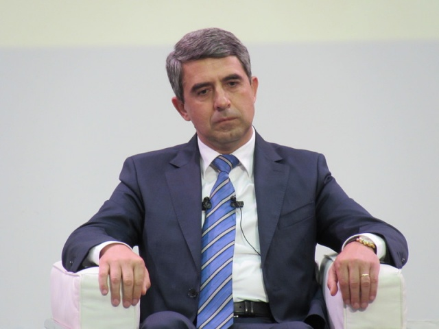 SMALL COMPANIES CREATE OVER 70% OF JOBS IN BULGARIA - PRESIDENT